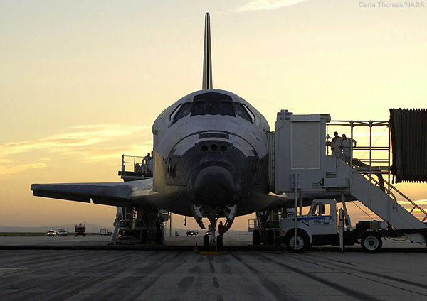 Air Show Journal: Photos of the STS-114 Space Shuttle ...